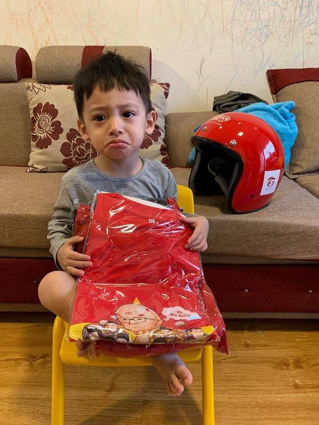 Độ Mixi được donate Đồ Long Đao trấn yểm trẻ trâu, cậu con trai Tùng Sói mới 3 tuổi đã sở hữu siêu xe cực xịn - Ảnh 7.