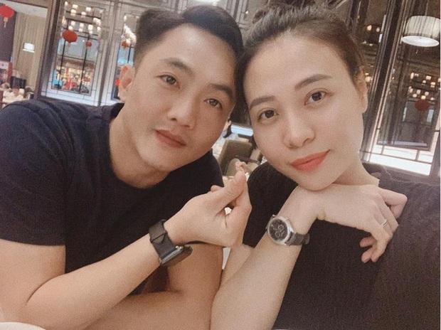 Cường Đô La đúng chất ông bố bỉm sữa: Dẫn Đàm Thu Trang và con gái đi chơi cuối tuần nhưng chẳng quên nhiệm vụ đặc biệt - Ảnh 4.