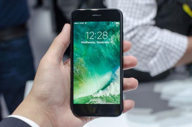 Xếp hạng top 5 mẫu iPhone có thiết kế đẹp nhất từ trước đến nay? - Ảnh 5.