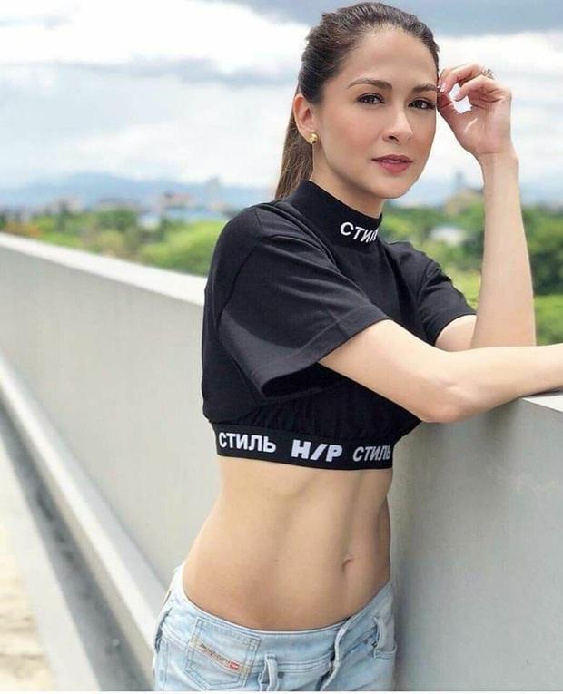 Mỹ nhân đẹp nhất Philippines Marian Rivera chính thức lấy lại được dáng sau khi sinh con trai, nhìn cơ bụng mà choáng - Ảnh 2.