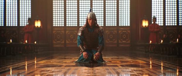 Từ hoạt hình Mulan đến bản người đóng: Lưu Diệc Phi được bơm thành... phù thủy đam mê nữ quyền? - Ảnh 10.
