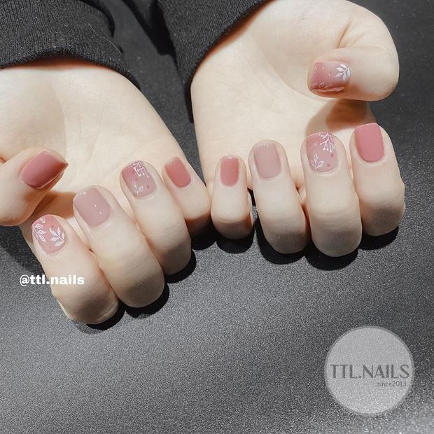 11 mẫu nail cute hết nấc, diện lên xinh tay hẳn  - Ảnh 9.