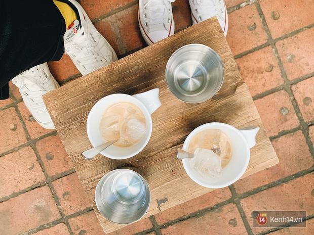 Thứ đồ uống khiến nhiều người trẻ Hà Nội mê mẩn hơn cả trà sữa: tìm mỏi mắt chỉ thấy có 4 hàng bán? - Ảnh 1.