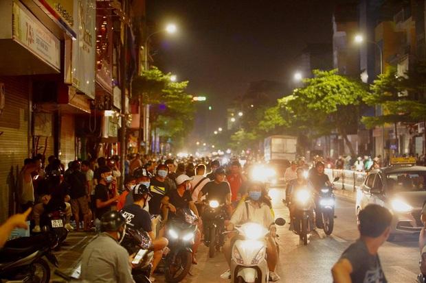 Công an vây bắt đối tượng bạo hành con gái dã man ở Bắc Ninh bỏ trốn lên Hà Nội - Ảnh 2.