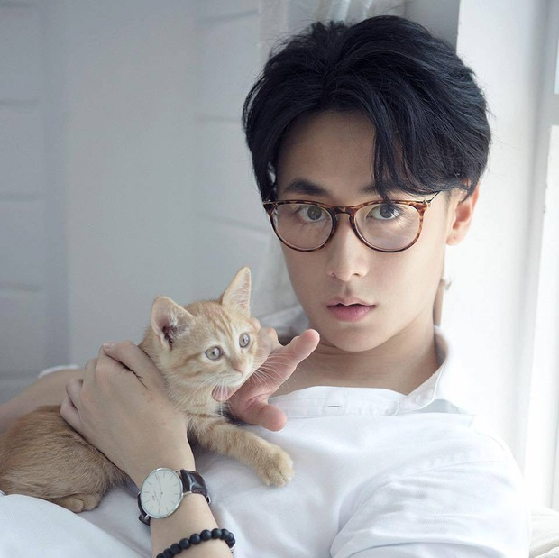Hồ sơ tình ái kín nhưng chất của Jun Vũ: Toàn gắn với loạt cực phẩm nam thần, hết diễn viên, ca sĩ đến nhiếp ảnh gia - Ảnh 6.