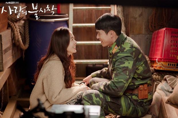 Soi cách Hyun Bin phân biệt đối xử với 2 tình màn ảnh: Cực phũ khi Han Ji Min động chạm, nhưng với Son Ye Jin thì khác hẳn? - Ảnh 5.
