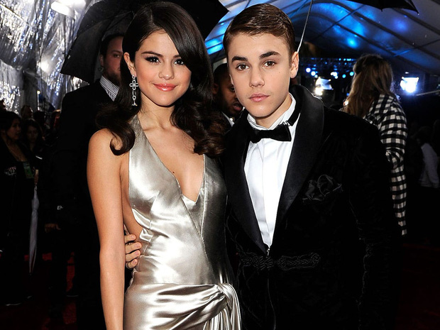 Rộ tin Selena Gomez âm mưu đòi xuất hiện cùng Justin Bieber trong MV của Drake để tiếp cận dù tình cũ đã có vợ - Ảnh 3.
