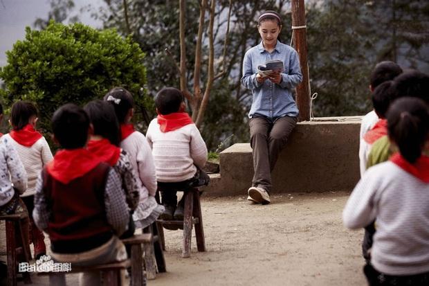 Mất con trong cơn địa chấn, cô giáo dạy múa cụt chân vẫn mạnh mẽ viết nên mối tình cổ tích giữa đời thường - Ảnh 11.