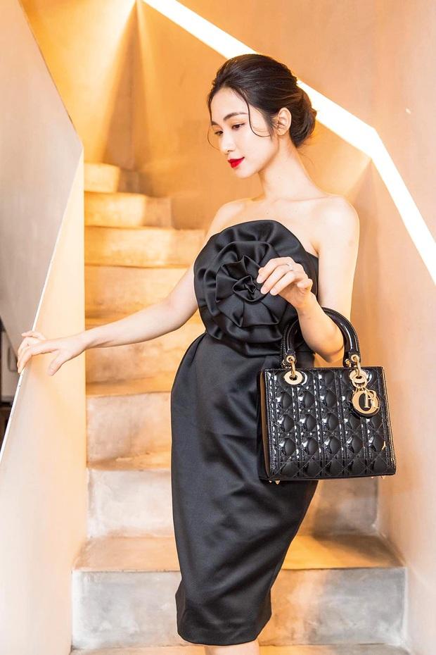 """Mới năm ngoái còn thanh lý túi hiệu để làm MV, năm nay Hòa Minzy đã sắm hẳn 3 túi Hermès và loạt """"bé iu"""" đắt tiền khác - Ảnh 5."""