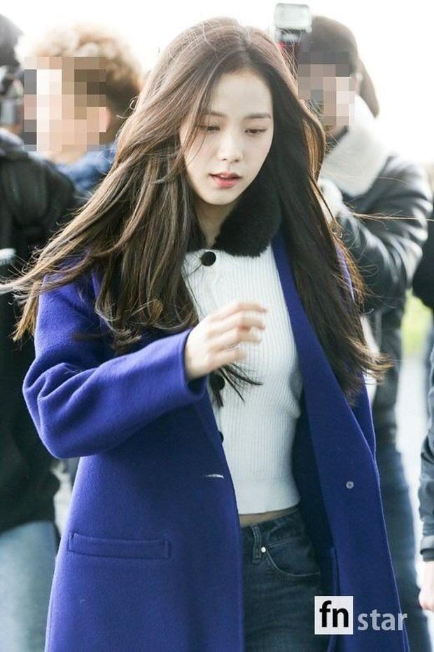 MXH Hàn náo loạn vì bộ sưu tập ảnh chỉ khoe... tóc của Jisoo (BLACKPINK), có gì đặc biệt mà Knet khó tính cũng phải mê mẩn? - Ảnh 19.