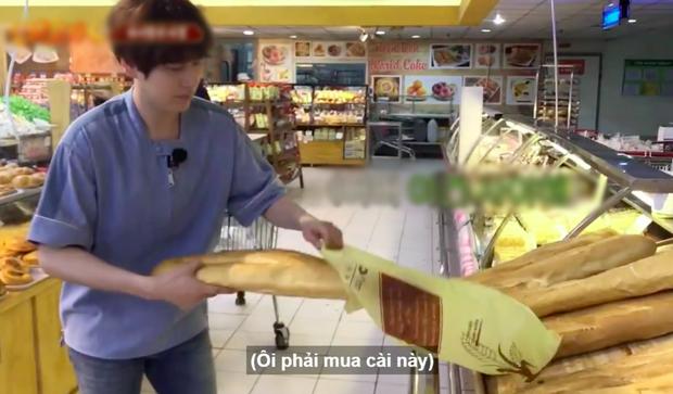 Netizens cười ngất với chiếc bánh mì khổng lồ nam idol người Hàn được tặng dịp sinh nhật, tưởng đâu mua ở Big C Việt Nam - Ảnh 5.