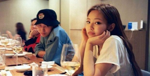 Lý do BLACKPINK trở thành đàn em hiếm hoi nhờn được với ông trùm Kpop G-Dragon - Ảnh 8.