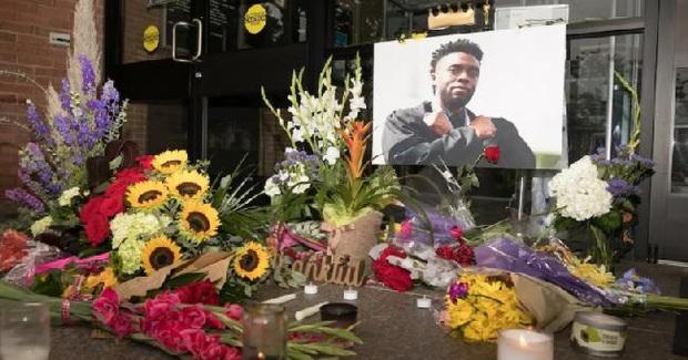 Lễ tưởng niệm Chadwick Boseman: Dàn sao Black Panther và Chủ tịch Marvel Studios đến dự, cùng gia đình đưa tiễn huyền thoại - Ảnh 10.