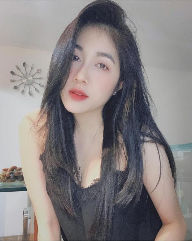 Soi profile hot girl bánh tráng đánh gục trái tim Rambo Cao Lãnh, lớn hơn 2 tuổi, rất trẻ trung nhưng cũng cực kỳ quyến rũ - Ảnh 8.