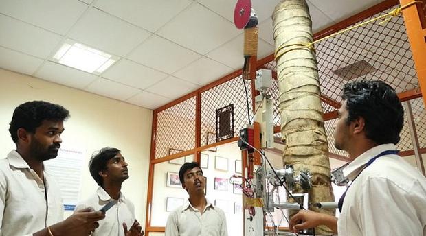Các nhà khoa học Ấn Độ phát triển thành công robot hái dừa, năng suất thu hoạch cao hơn cả con người - Ảnh 2.
