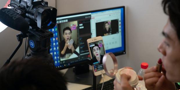 10 sự thật bất ngờ về streamer - công việc hái ra tiền bao người mơ ước ở Trung Quốc - Ảnh 4.