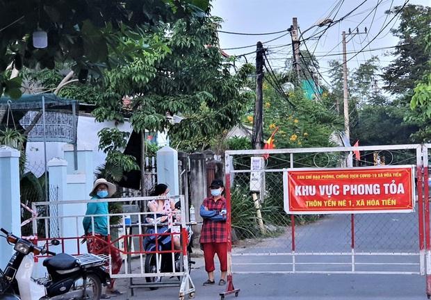 Ngày thứ 12 liên tiếp Đà Nẵng không có ca nhiễm nCoV trong cộng đồng, vùng cách ly y tế cuối cùng được dở bỏ - Ảnh 2.