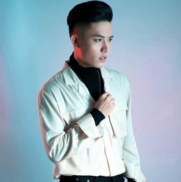Đứng sau những phần thi ấn tượng tại Rap Việt là ekip quá xịn, từ Giám đốc âm nhạc đến DJ, ca sĩ hỗ trợ đều chơi nhạc cực đỉnh! - Ảnh 6.