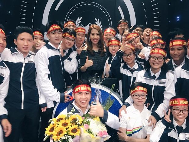 MC Diệp Chi chia sẻ hành trình 14 năm gắn bó với VTV, nhan sắc ngày càng mặn mà theo thời gian - Ảnh 6.