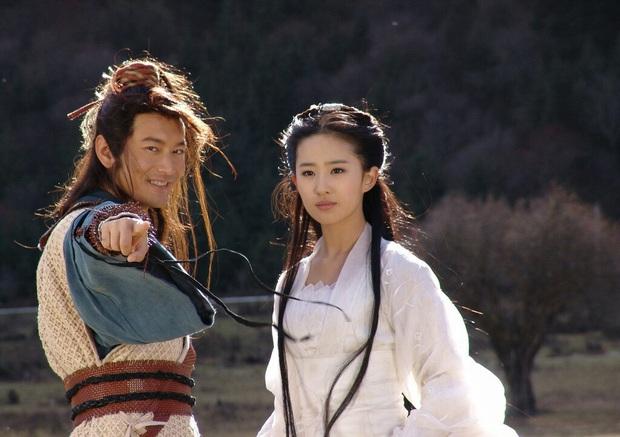 Dàn sao Thần Điêu Đại Hiệp sau 14 năm: Huỳnh Hiểu Minh lấy lại phong độ, Lưu Diệc Phi vẫn đơ như tượng gỗ - Ảnh 1.