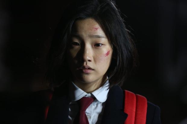 """Soi dàn cast Record of Youth: Đâu chỉ Park Bo Gum - Park So Dam thuộc hàng """"quốc bảo"""", nam phụ cũng xịn sò lắm à nghen! - Ảnh 15."""