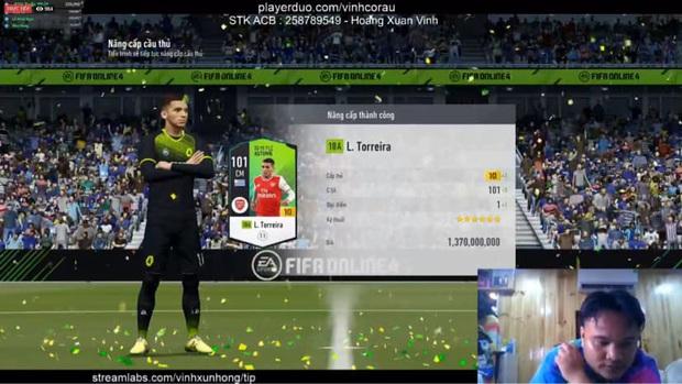 FIFA Online 4: Vinh Râu FAPTV livestream nâng cấp thành công thẻ +10 đầu tiên, Akira Phan phải vào xin ngay bí kíp - Ảnh 2.