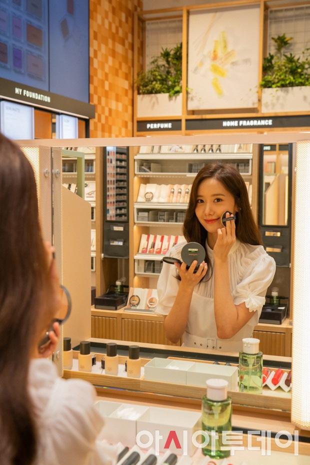 Yoona đã từ em gái quốc dân lên bà hoàng như thế nào? Xem lại 3 thời kỳ làm nàng thơ quảng cáo của cô thì rõ - Ảnh 2.