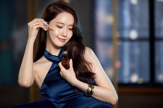 Yoona đã từ em gái quốc dân lên bà hoàng như thế nào? Xem lại 3 thời kỳ làm nàng thơ quảng cáo của cô thì rõ - Ảnh 15.