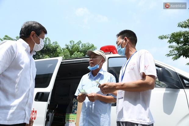 Một ngày theo xe cứu thương miễn phí của ông Đoàn Ngọc Hải: Tôi chẳng có gì hạnh phúc đâu, bệnh nhân chịu bao đau đớn thì mình hạnh phúc làm sao được - Ảnh 3.