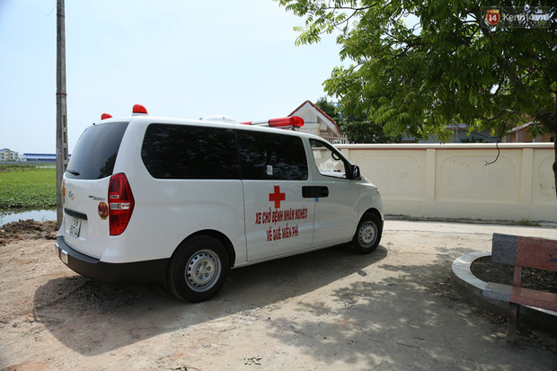 Một ngày theo xe cứu thương miễn phí của ông Đoàn Ngọc Hải: Tôi chẳng có gì hạnh phúc đâu, bệnh nhân chịu bao đau đớn thì mình hạnh phúc làm sao được - Ảnh 14.