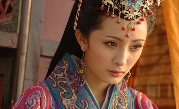 Dàn sao Thần Điêu Đại Hiệp sau 14 năm: Huỳnh Hiểu Minh lấy lại phong độ, Lưu Diệc Phi vẫn đơ như tượng gỗ - Ảnh 16.
