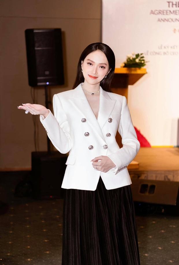 Hương Giang lên chức CEO, Ngọc Trinh đi chúc mừng mà chặt đẹp đàn em với đồng hồ hơn 4 tỷ - Ảnh 2.