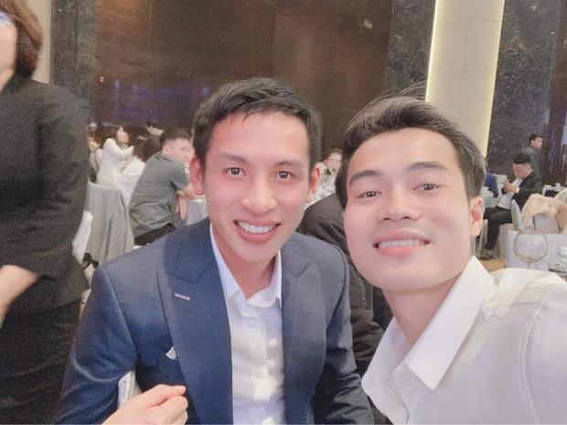 Nhận lời chúc mừng sinh nhật, ông chủ Hùng Dũng tiện thể mời khéo Văn Toàn về đầu quân cho Hà Nội FC - Ảnh 1.