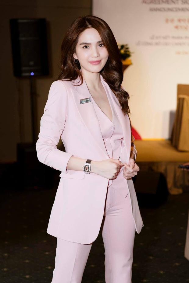 Hương Giang lên chức CEO, Ngọc Trinh đi chúc mừng mà chặt đẹp đàn em với đồng hồ hơn 4 tỷ - Ảnh 5.