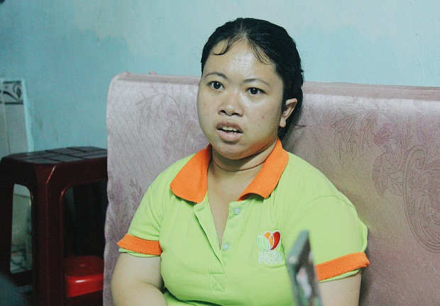 Gặp người cha địu bé trai 9 tháng tuổi chạy xe ôm ở Sài Gòn: Mình có lỗi với con, thấy con đi nắng mà xót lắm - Ảnh 10.
