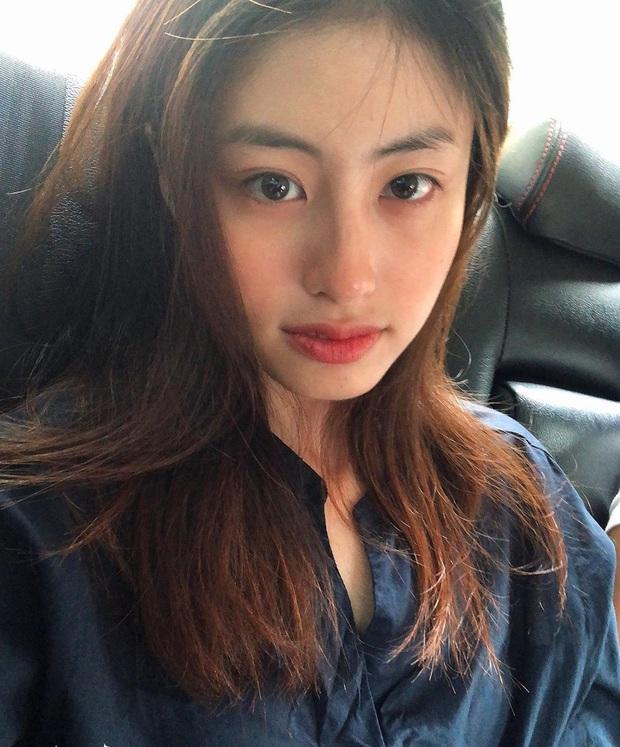 Dương Minh Ngọc - gái xinh với thần thái ngút trời trong MV Bông Hoa Đẹp Nhất của Quân A.P là ai? - Ảnh 10.