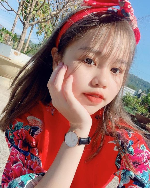 Hot couple Quang Hải - Huỳnh Anh vs Karik - Bella: Ồn ào tình cảm luôn đến từ nút unfollow, nhà gái quá áp lực vì yêu người nổi tiếng? - Ảnh 9.