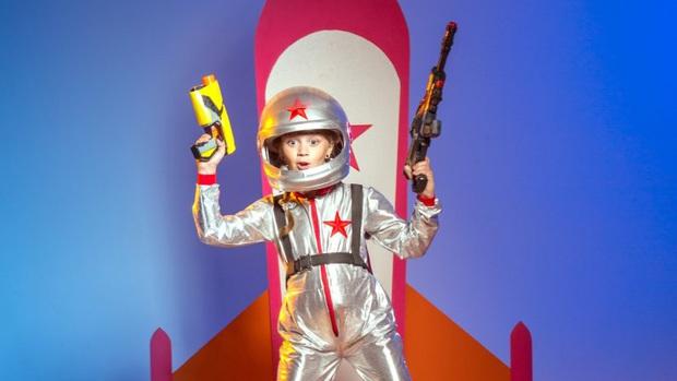 Lý do cực thuyết phục để các phi hành gia phải mang cả súng lên vũ trụ, và chuyện sẽ xảy ra nếu súng thực sự nổ ở đó - Ảnh 1.