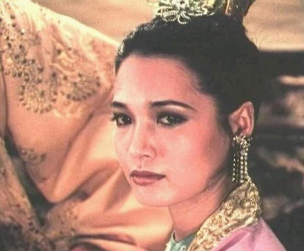 4 mẫu nghi thiên hạ được tái hiện ở màn ảnh Việt: Cực hóng Lưỡng triều Hoàng hậu của chị đại Thanh Hằng - Ảnh 8.