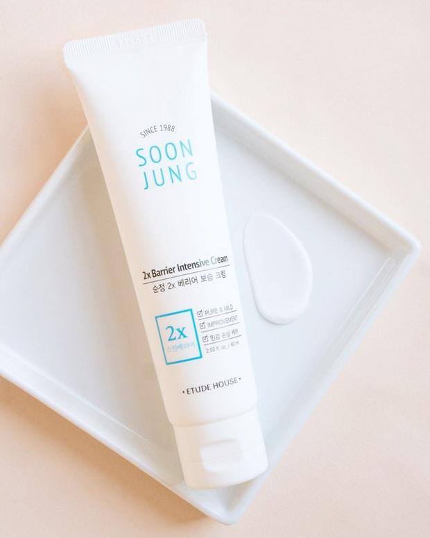5 loại kem dưỡng ẩm giá tốt đem đến làn da đúng chuẩn căng mướt mà chẳng hề bóng nhờn - Ảnh 5.