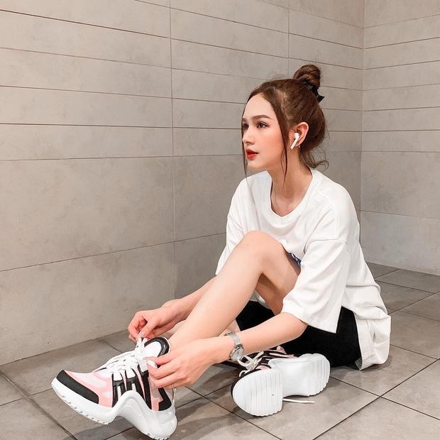 Xemesis và Xoài Non không chỉ là cặp đôi thiếu gia - hotgirl đẹp nhất làng game, đây còn là những con nghiện sneakers thứ thiệt - Ảnh 11.