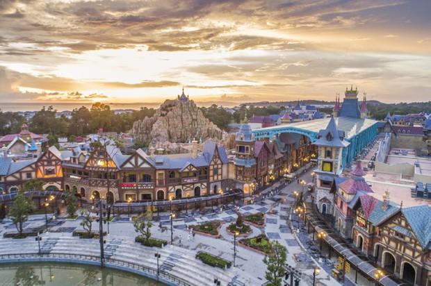 WOW Sunset Show: Concert chiêm ngưỡng bầu trời mê hoặc trong hoàng hôn đẹp bậc nhất Việt Nam tại Phú Quốc - Ảnh 2.