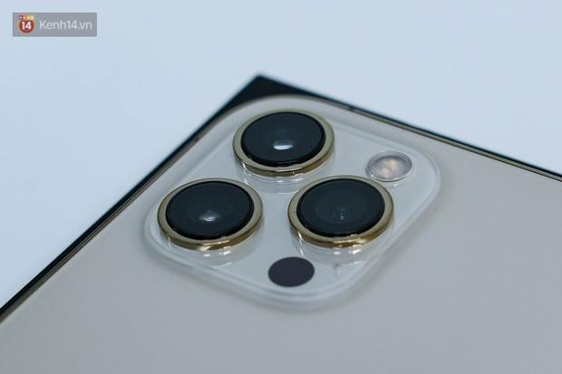 Mở hộp iPhone 12 Pro Max vừa về Việt Nam - Ảnh 8.