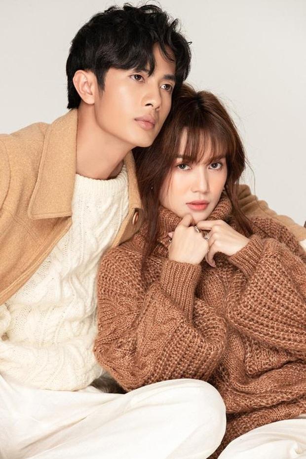 Tròn 1 năm trước ngày chia tay, Sĩ Thanh và Huỳnh Phương ra MV duy nhất kết hợp với nhau, tên bài hát như dự đoán kết cục - Ảnh 2.