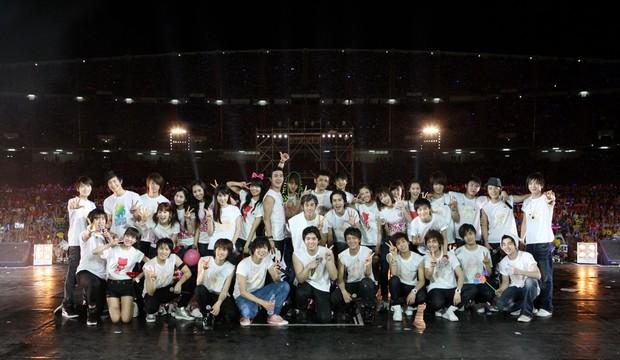 Giữa bão phản đối đêm nhạc Big Hit bán vé cắt cổ, Knet bồi hồi về concert nhà SM: Vé chỉ 600 nghìn mà mãn nhãn với loạt idol đình đám - Ảnh 1.