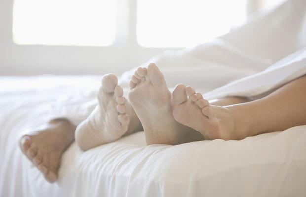 4 hành vi làm tổn thương tử cung nghiêm trọng, 2 trong số đó có liên quan đến nam giới mà chị em cần lưu ý - Ảnh 4.