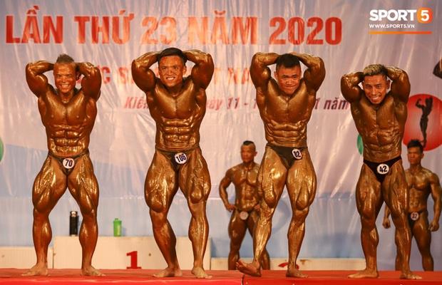 Từ 146 kg, chàng trai béo phì lột xác thành nhà vô địch tuyệt đối ở Giải thể hình danh giá nhất Việt Nam - Ảnh 6.