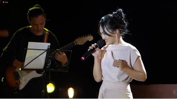 Nguyên Hà thích hát tại WOW Sunset Show vì kiểu gì cũng có hình đẹp, Lê Hiếu bật mí ca khúc bắt trúng tâm trạng khi yêu - Ảnh 17.
