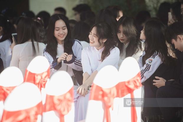 Trường Việt Đức kỷ niệm 65 năm: Đỗ Mỹ Linh xinh xuất thần, dàn khách mời khủng có Tuấn Hưng và thí sinh Rap Việt - Ảnh 12.