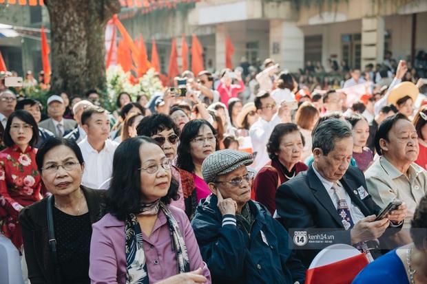 Trường Việt Đức kỷ niệm 65 năm: Đỗ Mỹ Linh xinh xuất thần, dàn khách mời khủng có Tuấn Hưng và thí sinh Rap Việt - Ảnh 10.